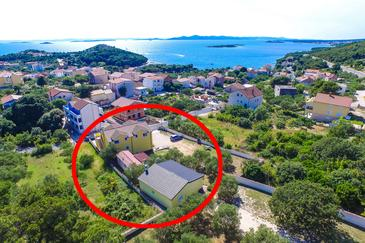 Drage, Biograd, Property 5904 - Apartments with pebble beach.