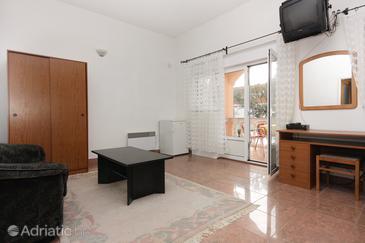 Zadar - Diklo, Living room in the room, WIFI.