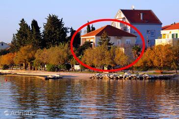 Zadar - Diklo, Zadar, Objekt 5925 - Ubytování v blízkosti moře s oblázkovou pláží.