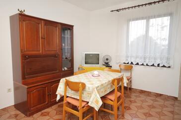 Zadar - Diklo, Jídelna v ubytování typu apartment.