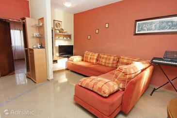 Bibinje, Living room in the apartment, WiFi.