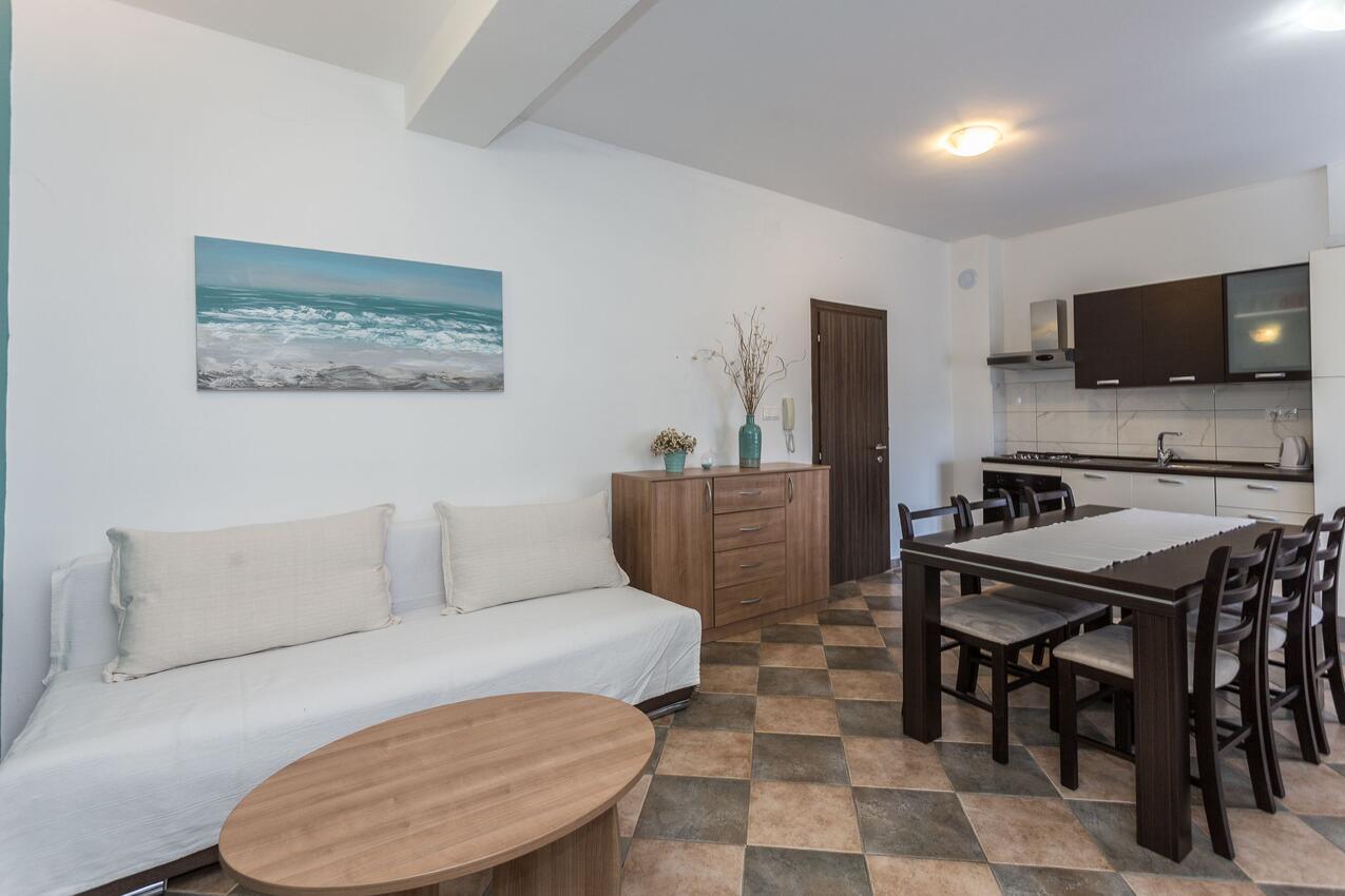 ferienwohnung im ort zadar zadar kapazit t 4 2. Black Bedroom Furniture Sets. Home Design Ideas
