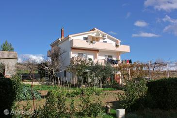 Rtina - Miočići, Zadar, Property 5948 - Apartments with pebble beach.