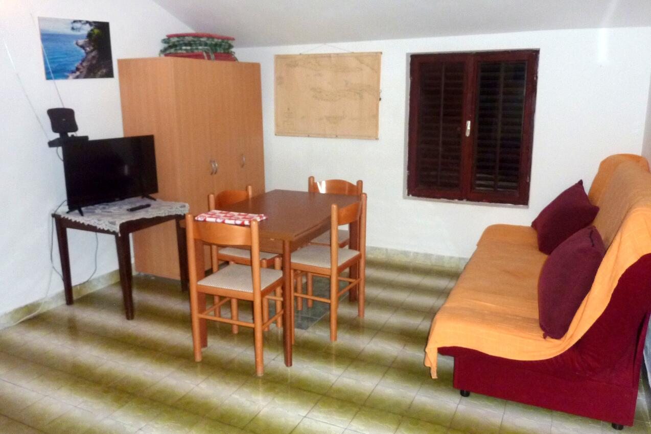 Ferienwohnung im Ort Mudri Dolac (Hvar), Kapazität 4+1 (1012727), Vrbanj, Insel Hvar, Dalmatien, Kroatien, Bild 2