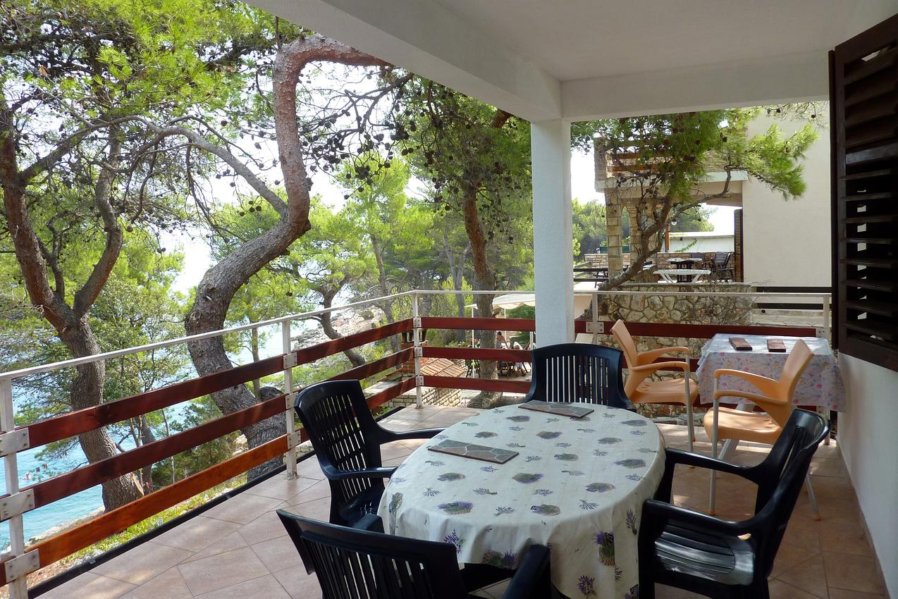 Ferienwohnung im Ort Mudri Dolac (Hvar), Kapazität 4+1 (1012728), Vrbanj, Insel Hvar, Dalmatien, Kroatien, Bild 1