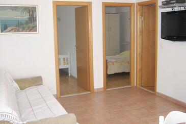Zakučac, Living room in the apartment, dostupna klima, dopusteni kucni ljubimci i WIFI.