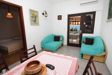 Nemira, Living room in the apartment, dostupna klima i dopusteni kucni ljubimci.