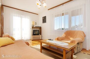 Mimice, Living room in the apartment, dostupna klima i WIFI.