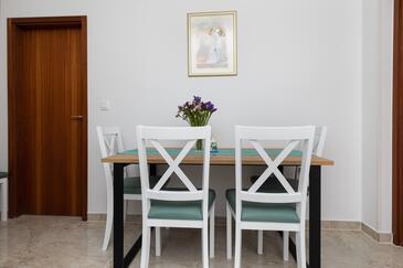 Pisak, Salle à manger dans l'hébergement en type apartment, animaux acceptés et WiFi.