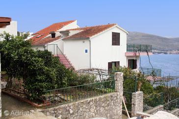 Okrug Donji, Čiovo, Property 5993 - Apartments by the sea.