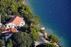 Apartmanok a tenger mellett Omis - 6003
