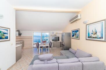 Mavarštica, Wohnzimmer in folgender Unterkunftsart apartment, Klimaanlage vorhanden und WiFi.