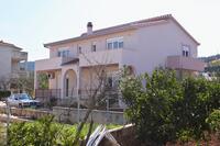 Apartments by the sea Slatine (Čiovo) - 6018