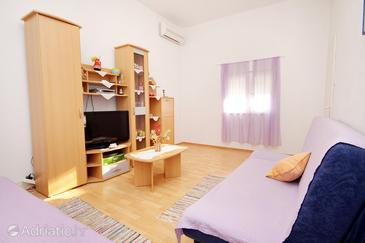 Poljica, Woonkamer in the apartment, air condition available en WiFi.