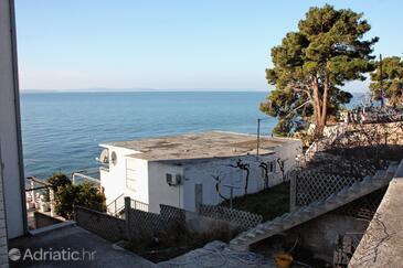 Podstrana, Split, Property 6030 - Apartments near sea with pebble beach.