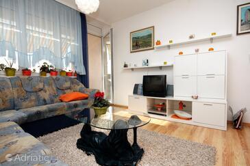 Dugi Rat, Living room in the apartment.