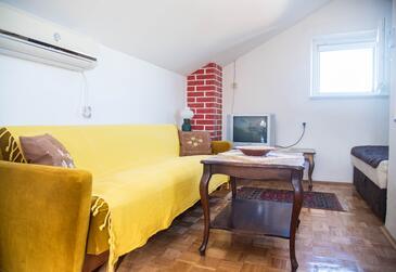 Postira, Dnevna soba v nastanitvi vrste apartment, dostopna klima in Hišni ljubljenčki dovoljeni.
