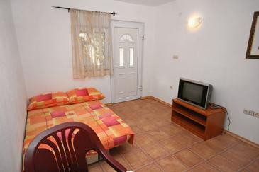 Podaca, Living room in the apartment, dostupna klima i WIFI.