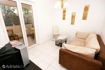 Drašnice, Obývací pokoj v ubytování typu apartment, domácí mazlíčci povoleni.