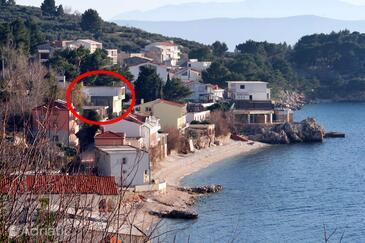 Drašnice, Makarska, Property 6051 - Apartments near sea with pebble beach.