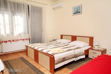 Kaštel Štafilić, Bedroom in the room, dostupna klima, dopusteni kucni ljubimci i WIFI.