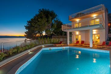 Medići, Omiš, Property 6071 - Vacation Rentals near sea with pebble beach.