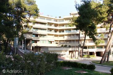 Podstrana, Split, Property 6074 - Apartments near sea with pebble beach.