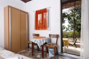 Podgora, Dining room in the studio-apartment, dopusteni kucni ljubimci i WIFI.