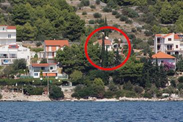 Seget Vranjica, Trogir, Property 6093 - Apartments near sea with pebble beach.