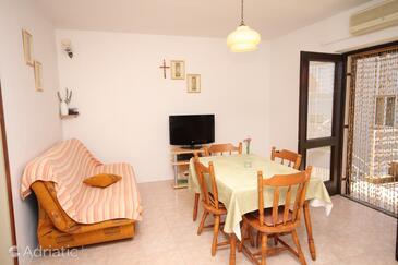 Žaborić, Dnevni boravak u smještaju tipa apartment, kućni ljubimci dozvoljeni i WiFi.