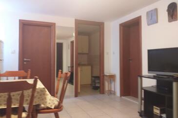 Žaborić, Jadalnia w zakwaterowaniu typu apartment, zwierzęta domowe są dozwolone i WiFi.