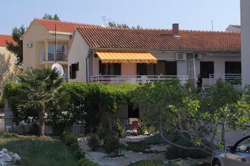 Žaborić, Šibenik, Obiekt 6097 - Apartamenty przy morzu ze żwirową plażą.