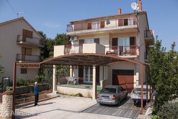 Srima - Vodice, Vodice, Alloggio 6099 - Appartamenti affitto con la spiaggia ghiaiosa.