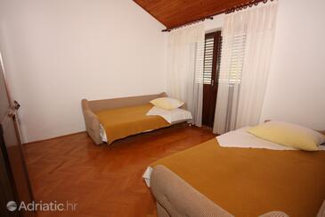 Grebaštica, Obývací pokoj v ubytování typu apartment, s klimatizací, domácí mazlíčci povoleni a WiFi.