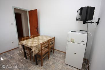 Grebaštica, Dining room in the apartment, (pet friendly) and WiFi.