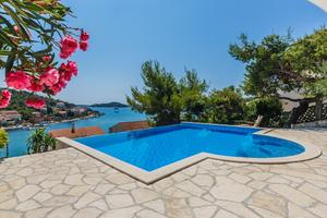 Seaside family friendly house with a swimming pool Tisno (Murter) - 6107