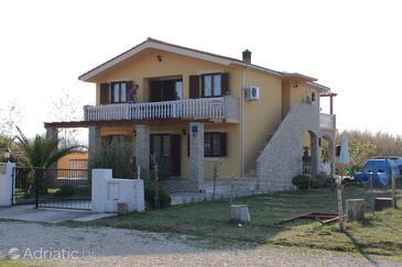 Sabunike, Zadar, Property 6110 - Apartments with pebble beach.