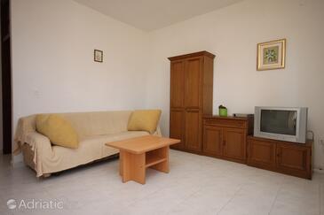 Sukošan, Living room in the apartment, dostupna klima i WIFI.