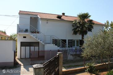 Sukošan, Zadar, Property 6124 - Apartments with pebble beach.