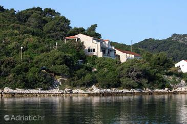 Polače, Mljet, Property 613 - Apartments near sea with pebble beach.