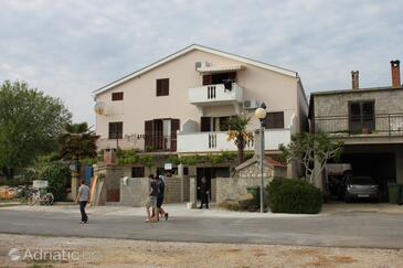 Posedarje, Novigrad, Property 6130 - Apartments near sea with pebble beach.