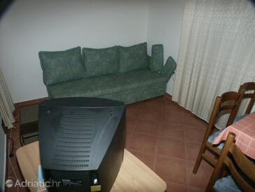 Pomena, Living room in the apartment, dopusteni kucni ljubimci i WIFI.