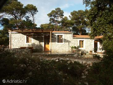 Pomena, Mljet, Property 614 - Apartments near sea with rocky beach.