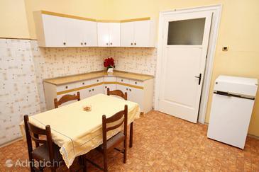 Šibenik, Dining room in the apartment.