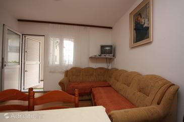 Nin, Obývací pokoj v ubytování typu apartment, s klimatizací, domácí mazlíčci povoleni a WiFi.