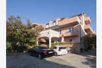 Apartmány s parkovištěm Brodarica (Šibenik) - 6150
