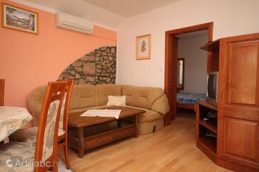 Privlaka, Living room in the apartment, dostupna klima, dopusteni kucni ljubimci i WIFI.