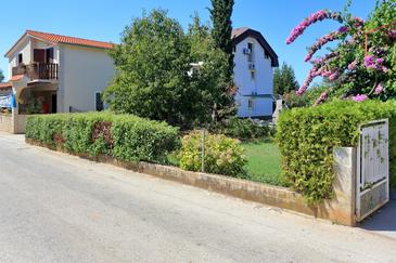Bibinje, Zadar, Property 6160 - Apartments with pebble beach.