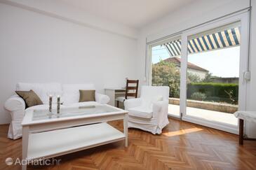 Pakoštane, Living room in the apartment.