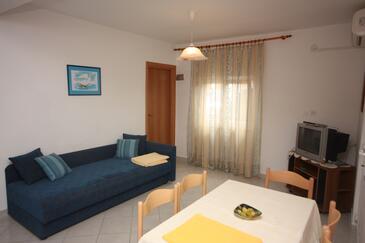 Drage, Pokój dzienny w zakwaterowaniu typu apartment, dostupna klima, dopusteni kucni ljubimci i WIFI.